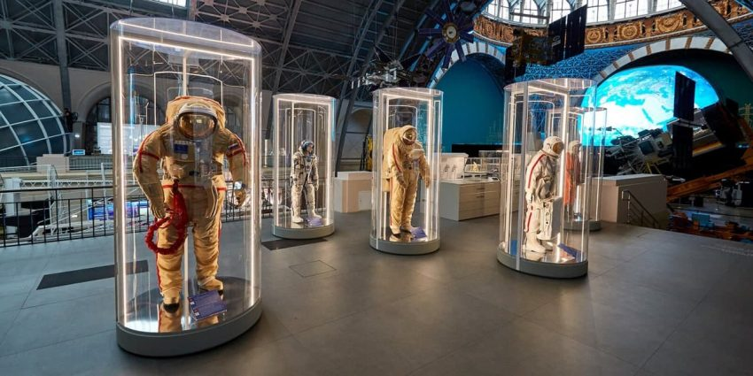 Сергунина: Музеи ВДНХ готовят тематические программы ко Дню экскурсовода
