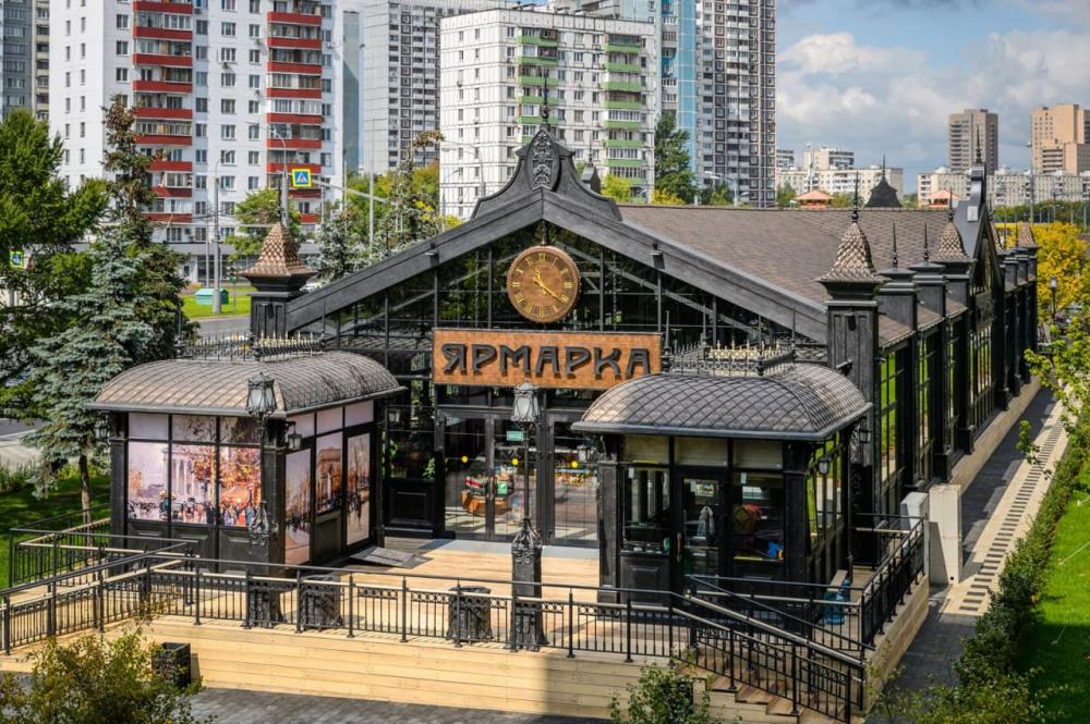 Французская архитектура и стиль ампир: какие еще ярмарки работают в Москве?