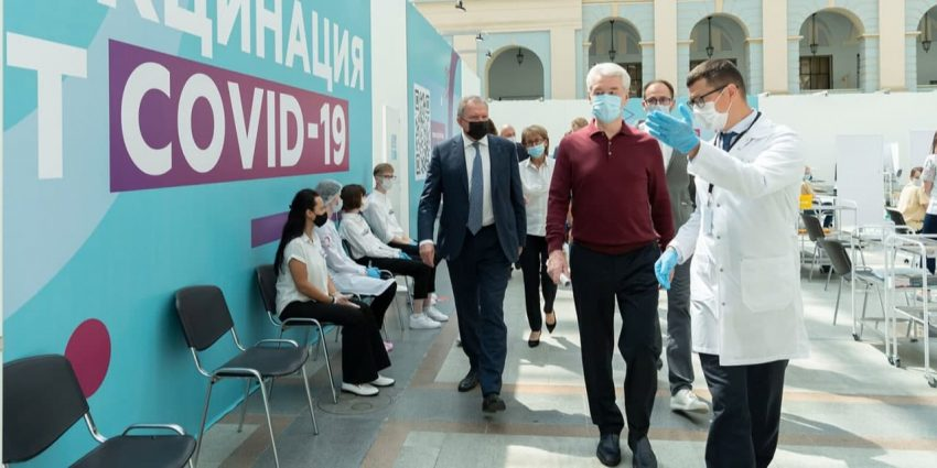 Собянин открыл один из крупнейших в Европе прививочных пунктов