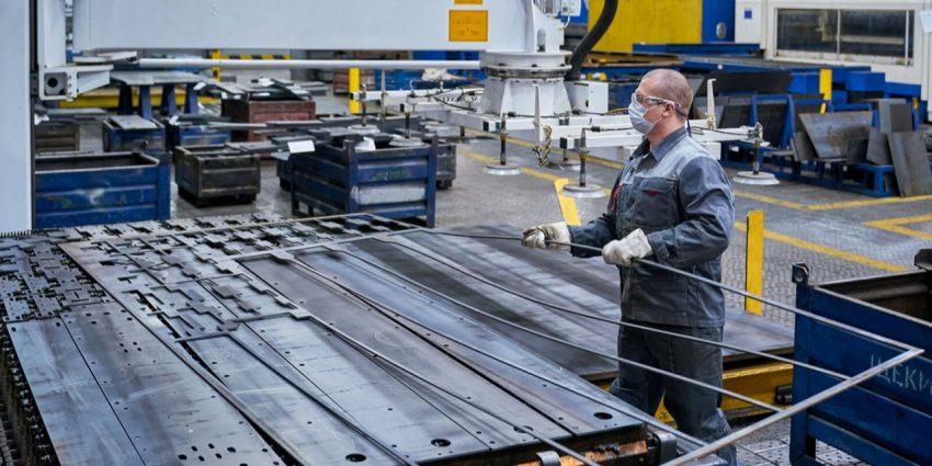 Собянин одобрил проекты по созданию 19,5 тыс рабочих мест за пределами ТТК
